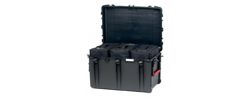 Central Video -  Coffres a roulettes -  Valise étanche avec sacoche amovible et séparateurs  Valise étanche avec mousse prédéco