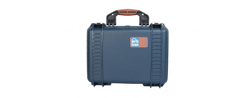 Central Video -  Valises sans roulettes -  Boite étanche petit modèle vide  Porte-cartes mémoires petit modèle  Modele HPRC On