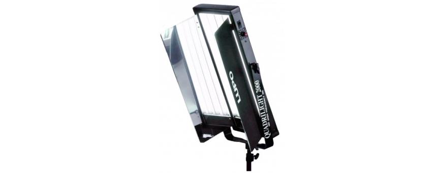 Central Video -  Lumière Fluorescente -  Panneau d'éclairage fluorescent Starlight ON/OFF 2x55W ( 3200°K ou 5400°K)  Panneau d'